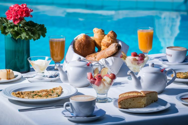 Petit déjeuner grec